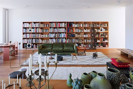 11 homes with beautiful bookshelves